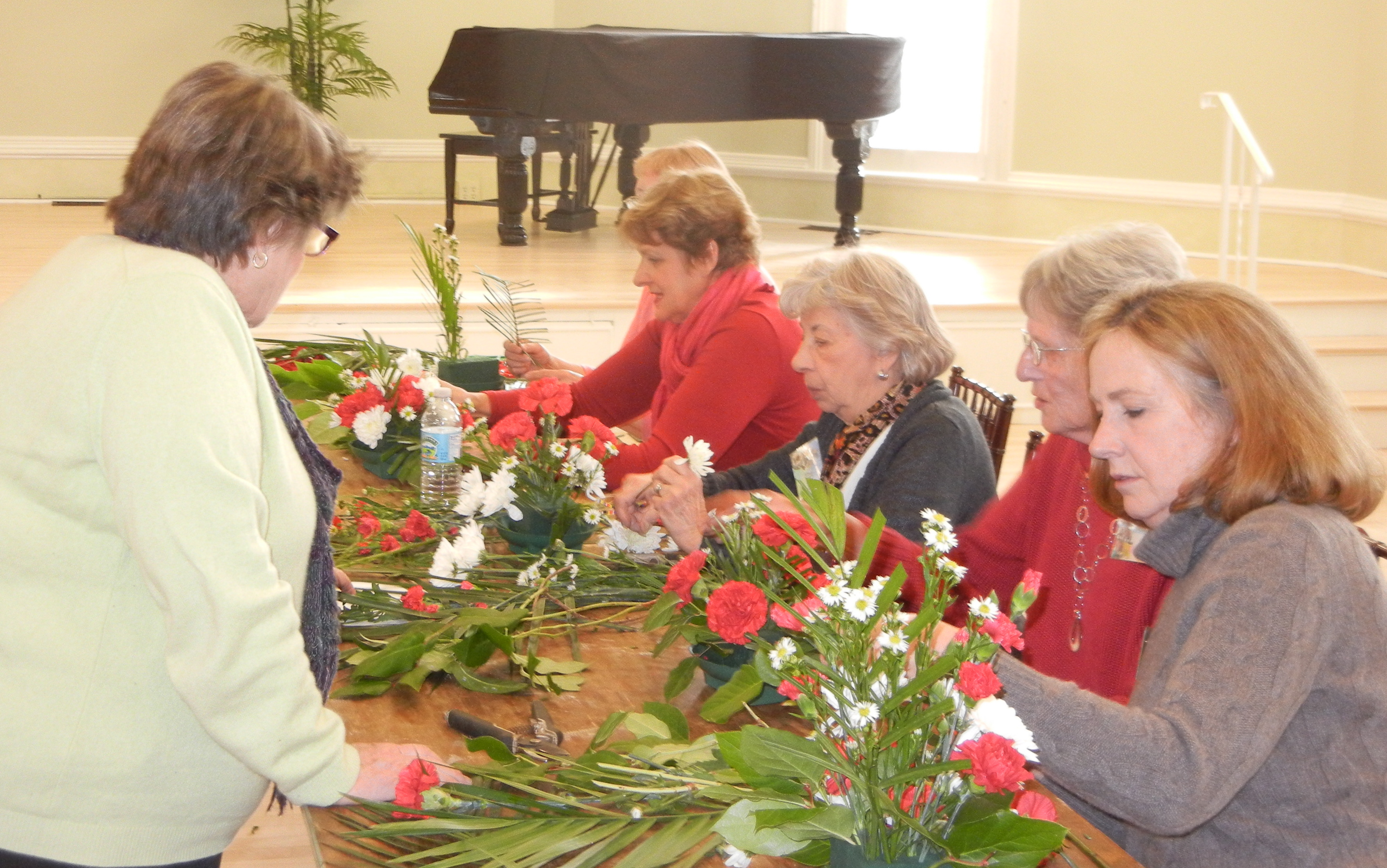 garden-club-meeting-2-2012-5