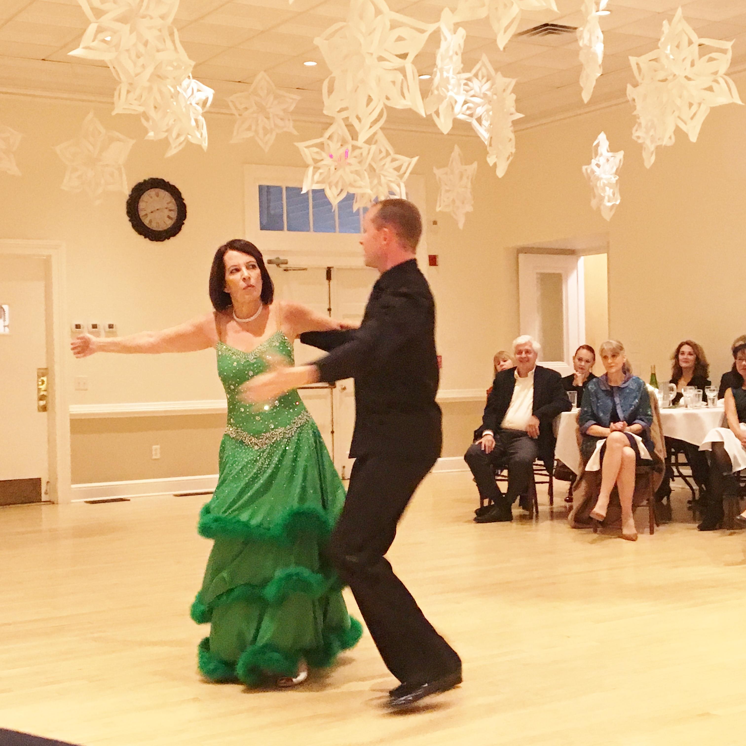 In The Mood - Ballroom Dancing (2)