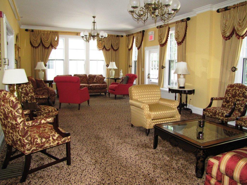livingroom-9-2010